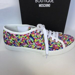 Boutique Moschino Candy Graphic Printed Sneakers